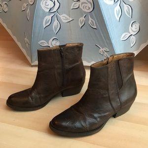 Brown Nine West leather booties